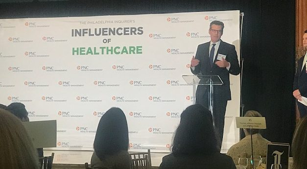 , Cooper Physician Receives Influencer of Healthcare Award
